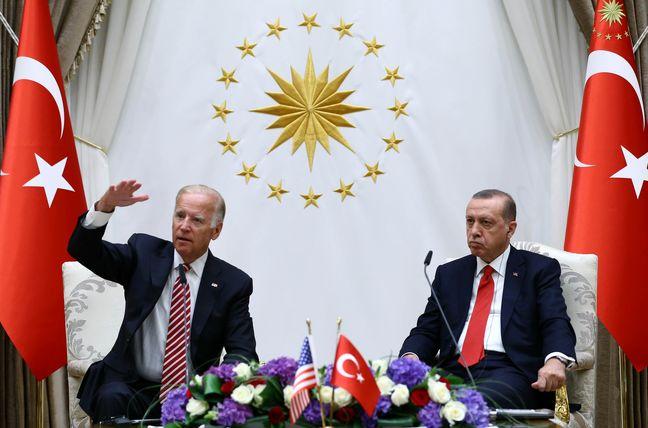 Biden Met by Snubs as He Seeks to Mollify Turkey's Angry Erdogan