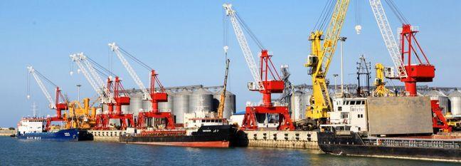 Exports via Iran's Amirabad Port Exceed 40%