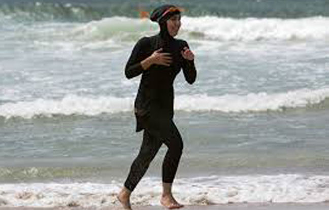 Anti-burkini law in France would worsen tension: interior minister