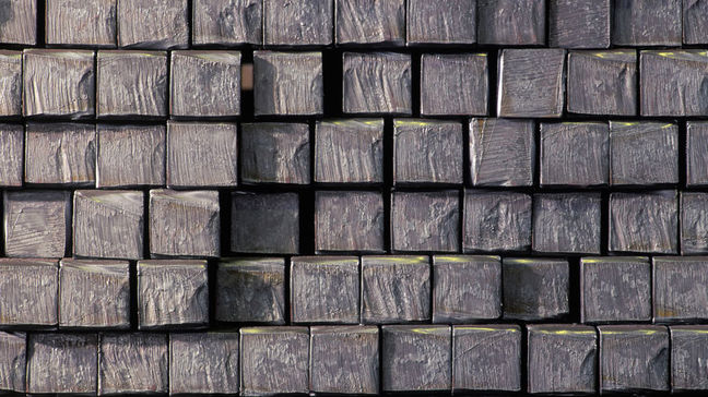 Iran Semis Exports Up 84% as Finished Steel Plunges