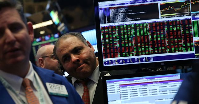 Wall St. set to open lower ahead of Fed minutes
