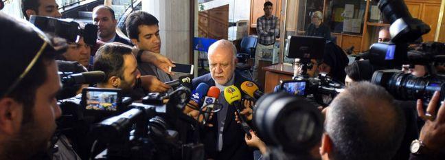 Zanganeh Denies Scale of Attacks on Aramco Facilities