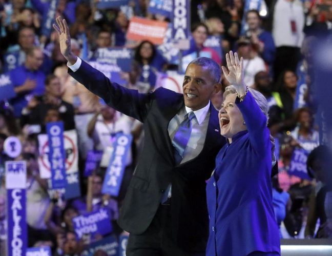 Obama urges Americans to get behind Clinton, slams Trump