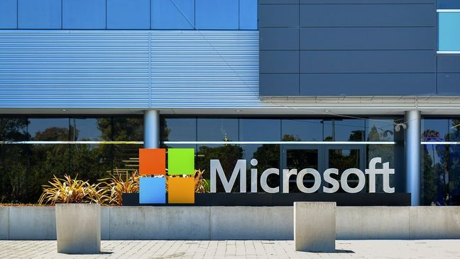 Microsoft Shares Soar to Record on Earnings Boost From Cloud