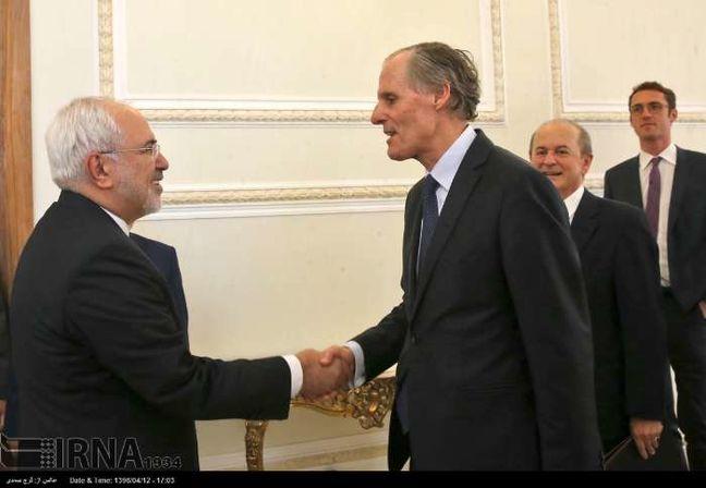 Zarif urges more Iran-France political talks