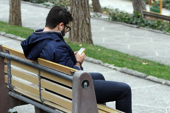 Iran hardliners join social media free-for-all before vote