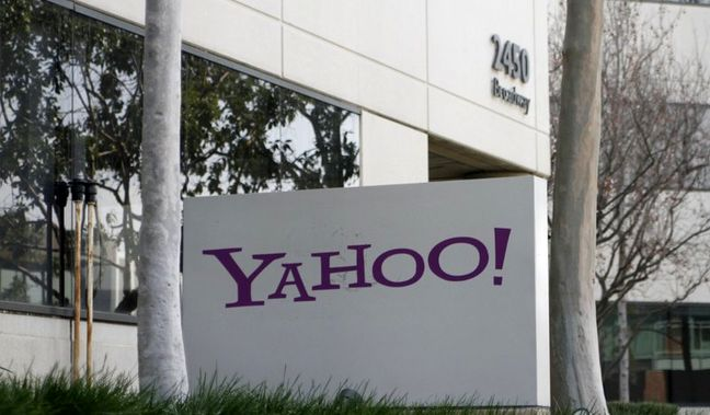 Verizon, Yahoo agree to lowered $4.48 billion deal following cyber attacks