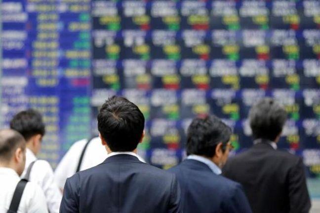 Asia stocks pull back as investors eye new risks; oil higher