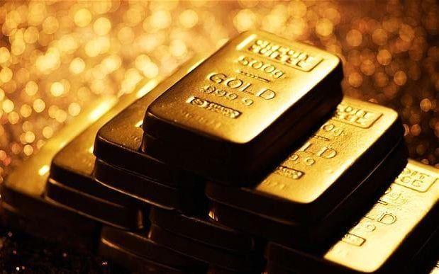 Gold and Yen Extend Rallies on Political Concerns