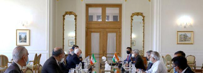 Indian FM Meets Zarif in Tehran