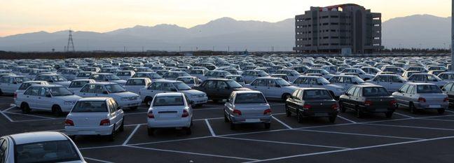 Deadbeat Carmaker on Wrong Side of Insurers