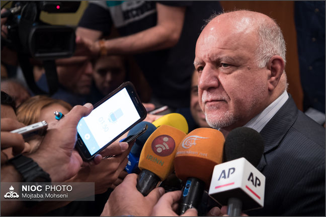 Zanganeh: Oil Output to Rise by 460m Barrels in Three Years