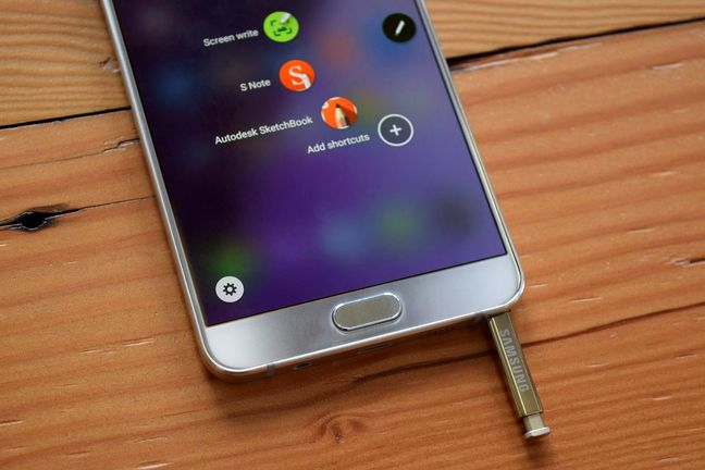 U.S. carrier Verizon starts taking orders for new Samsung Note 7 phones