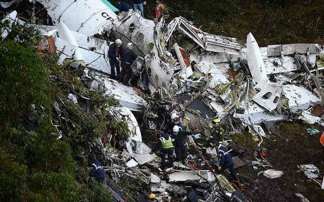 Human error led to Colombia soccer plane crash: authorities
