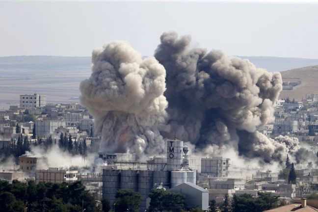 Russia Vows to Block Islamic State's Escape From Syrian Lair