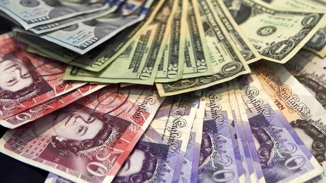 Dollar soars to highest in more than 13 years on Fed hike view