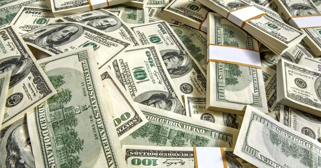 Dollar drops as Fed rate rise prospects reassessed
