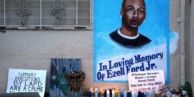 Two L.A. policemen who shot unarmed black man sue city for racial discrimination: media