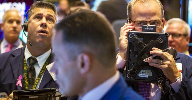 Dollar, yields fall after tepid U.S. economic data