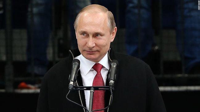 Trump-Putin Talks Raise Anxiety Ex-Spymaster Will Get Upper Hand