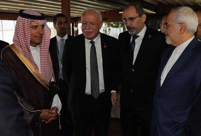 Zarif: Iran seeking good ties with neighbors
