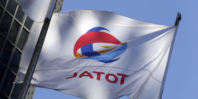 Total to Review Iranian Gas Deal If New Sanctions Arise