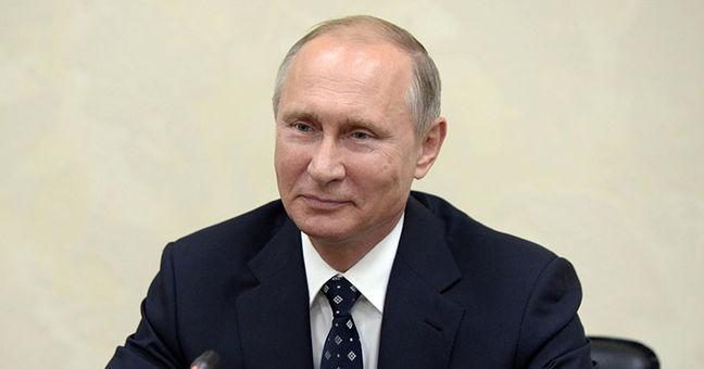 Trump Praises Putin's Letter Seeking to Restore U.S.-Russian Ties