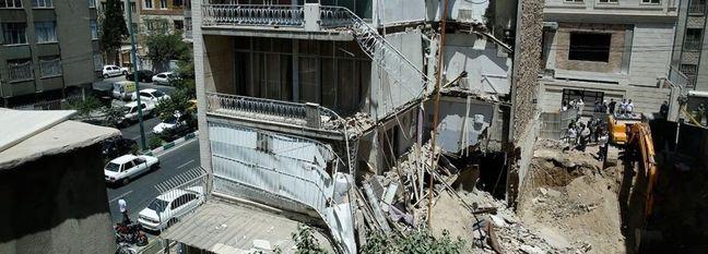 30,000 Tehran Buildings Unsafe