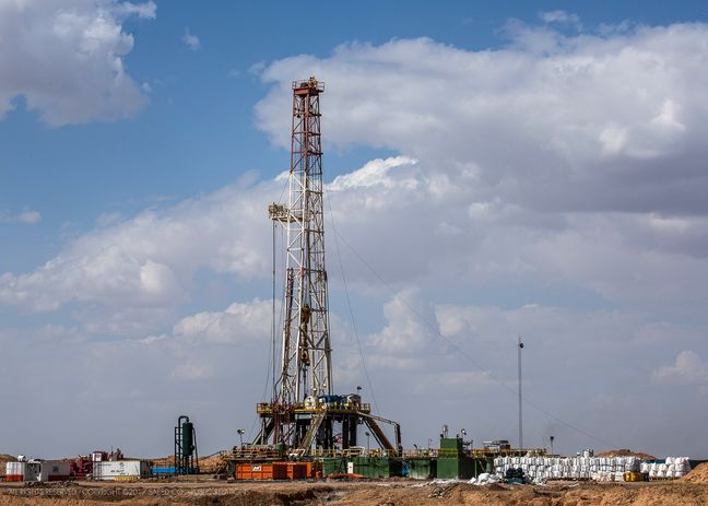 Development of West Karoun Oil Block Behind Schedule