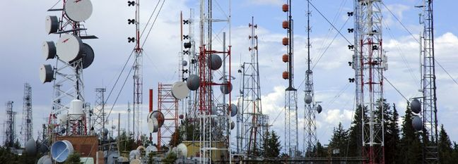Call for Developing Tehran's Landline Internet Infrastructure