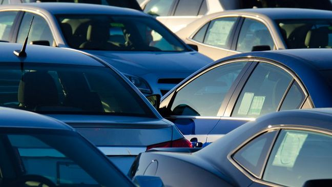 Iran Car Importers Demand Deregulation