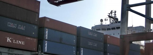 21 Iranian Ports Handle Over 58 Million Tons of Goods in H1