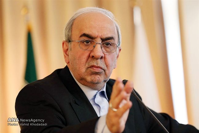 Iran to sign 4 contracts with foreign automakers