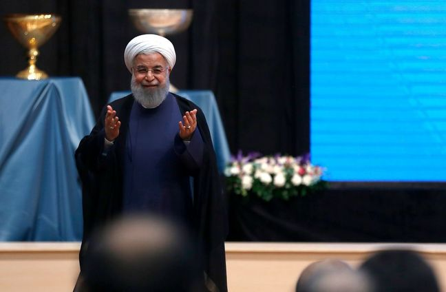 Macron and Rouhani Agree to Try to Preserve Iran Nuclear Deal