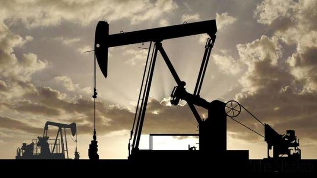 Oil Rises Near $53 as Iraq Says Close to Full OPEC Cut Pledge