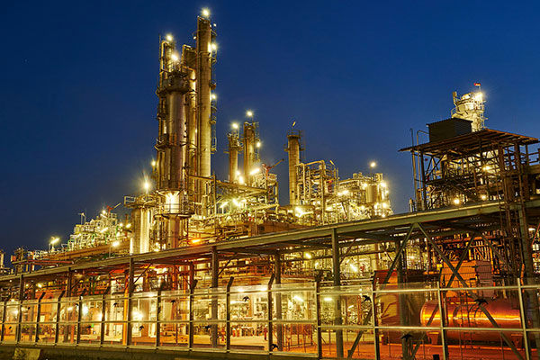 Iran Insists on Tendering Oil, Gas Development Projects