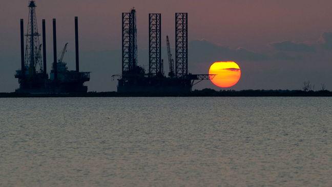 Crude Slides Into Bear Market as Oversupply Distress Deepens