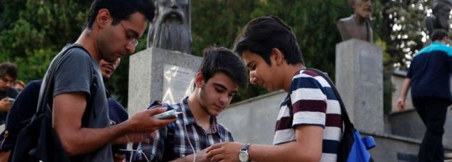 How Much Time Iranians Spend on Social Media
