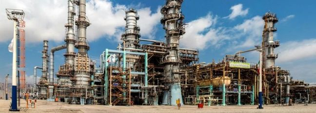Refiners in Iran Playing Bigger Role in Economy