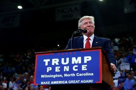 Trump ignites firestorm with remarks on gun rights, Clinton
