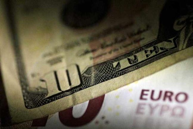 Dollar firms vs yen as oil surges on Iran uncertainty, pushing up U.S. yields
