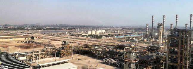 Iran Refiners Ramp Up Output