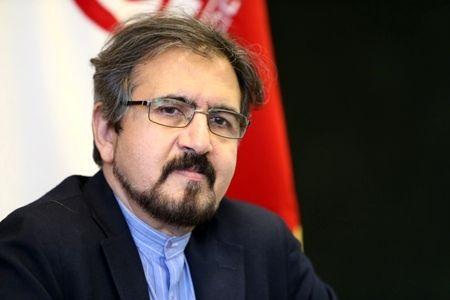 Iran urges Azerbaijan, Armenia to exercise self-restraint