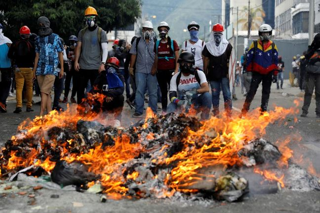 Venezuela opposition leaders wounded in anti-government march