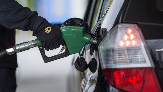 Iran: Gasoline Sales Drop, CNG Rises