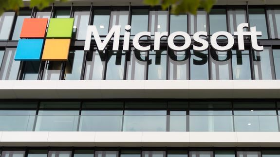 Microsoft offers EU hardware, software LinkedIn concessions: sources