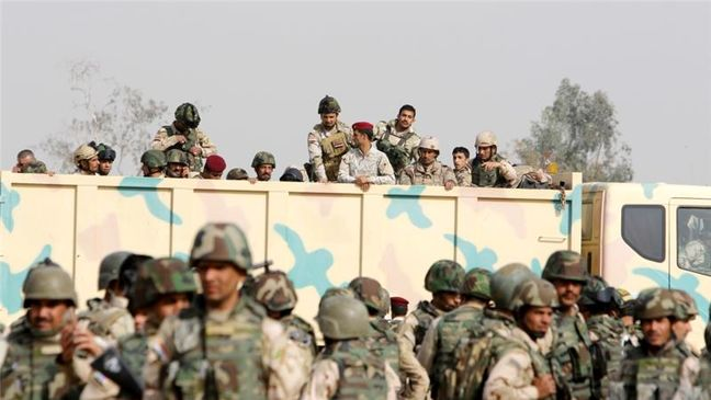 Iraqi forces yet to seal off Mosul as battle enters second month