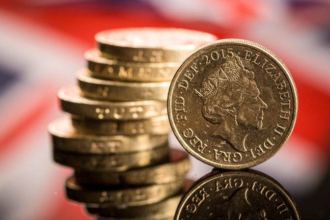 Stocks Meander in Holiday-Hit Trading; Pound Rises
