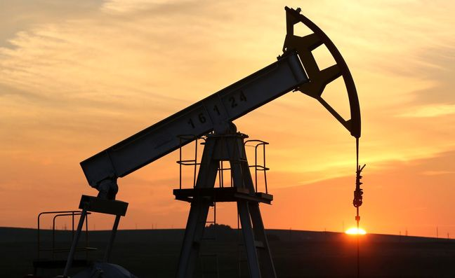 Russia's Rising Oil-Output Forecasts Give Leverage in OPEC Talks