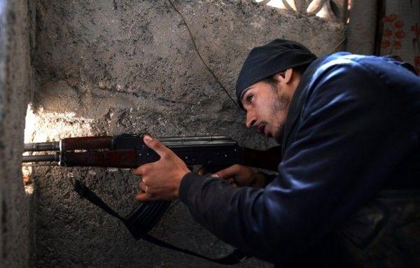 Russia seeks full withdrawal of Aleppo rebels